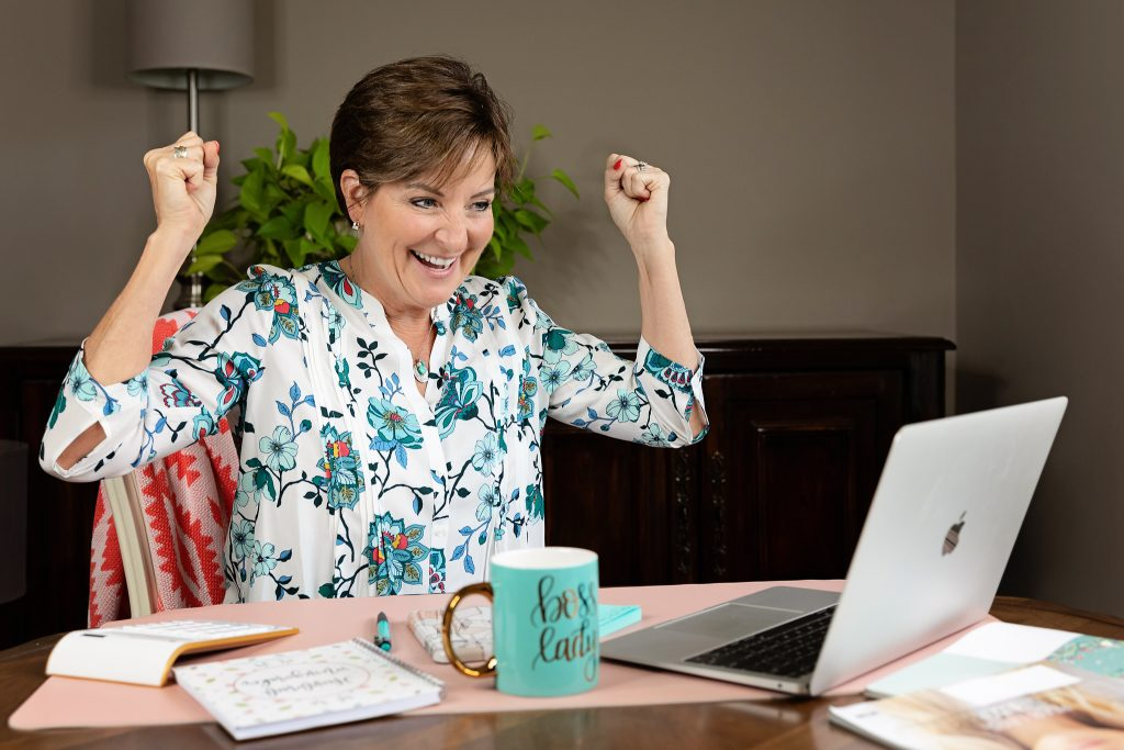 Personal-Branding-Photography-Kansas-City-women-entrepreneur-small-business-4